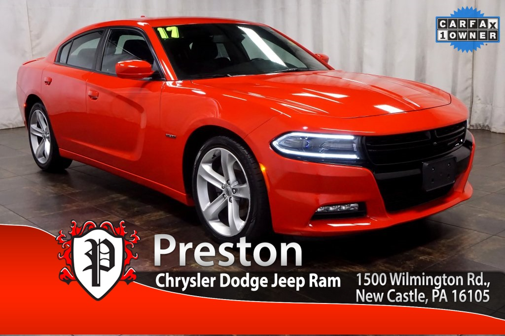 Pre Owned 2017 Dodge Charger R T 4d Sedan In New Castle P768