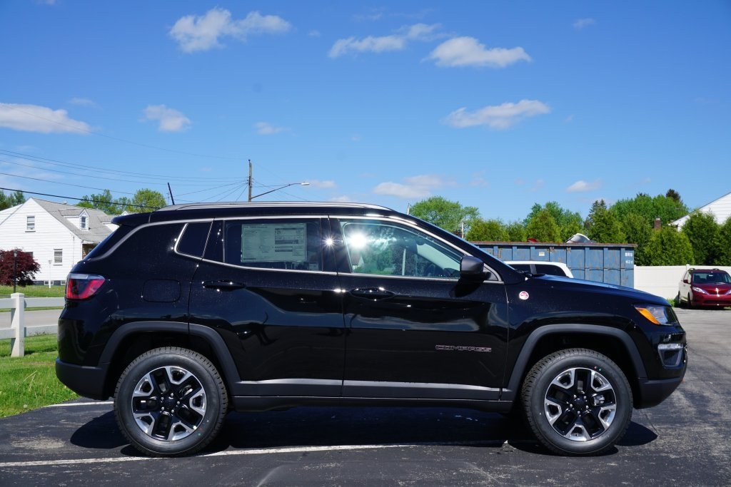 new 2017 jeep compass trailhawk sport utility in new castle c17289 preston chrysler dodge. Black Bedroom Furniture Sets. Home Design Ideas
